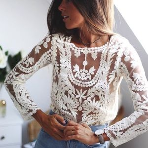 • anthropologie • white lace crochet floral top